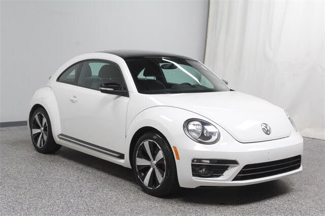 2013 Volkswagen Beetle Turbo with Sunroof and Sound
