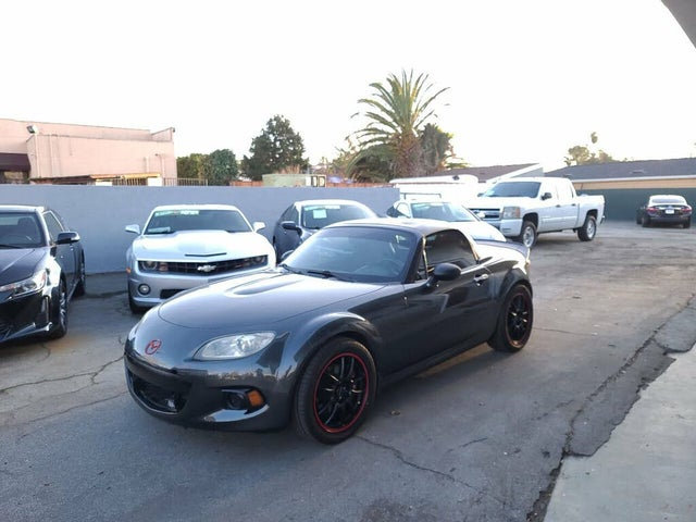 2014 Mazda MX-5 Miata Grand Touring Convertible with Retractable Hardtop