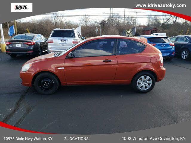2009 Hyundai Accent GS 2-Door Hatchback FWD