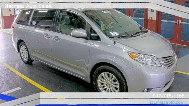 2012 Toyota Sienna XLE 8-Passenger