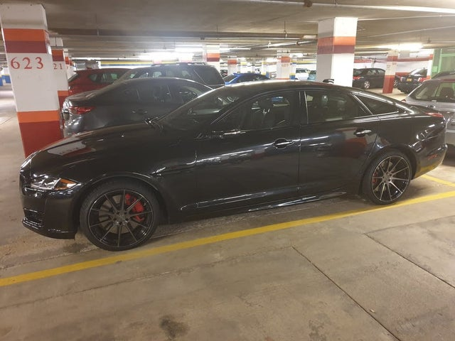 2017 Jaguar XJ-Series XJR RWD