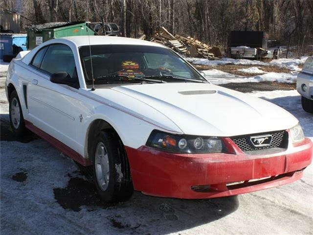 2000 Ford Mustang Coupe RWD