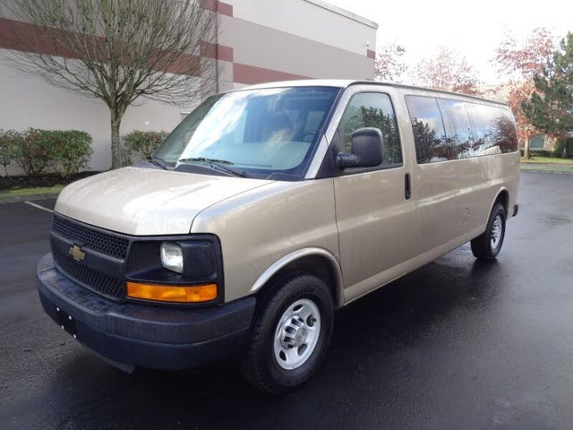 2012 Chevrolet Express 3500 1LS Extended RWD