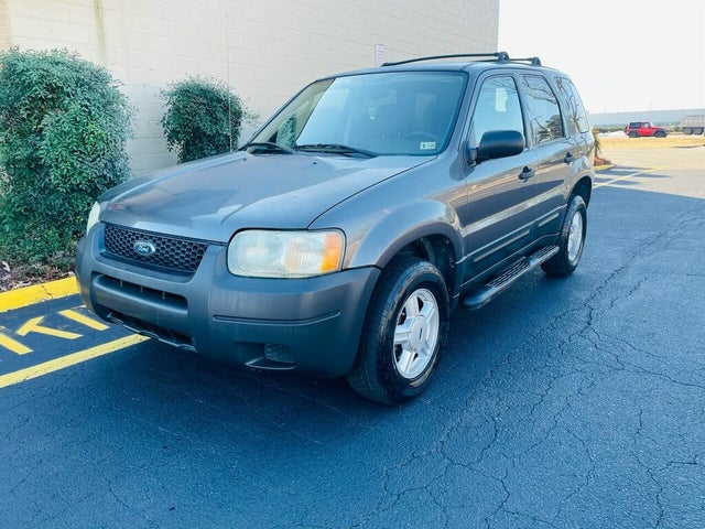 2004 Ford Escape XLS FWD