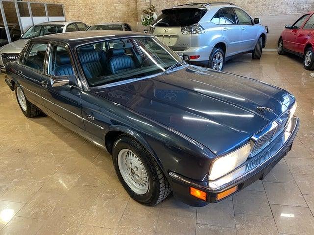 1990 Jaguar XJ-Series XJ6 Sovereign Sedan RWD