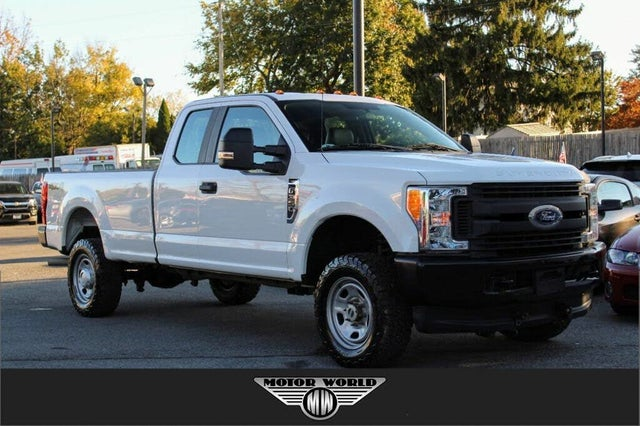 2017 Ford F-350 Super Duty XL SuperCab LB 4WD