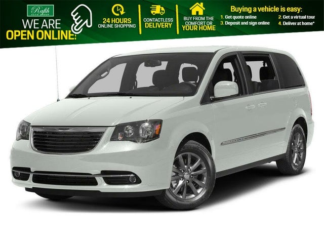 2016 Chrysler Town & Country S FWD