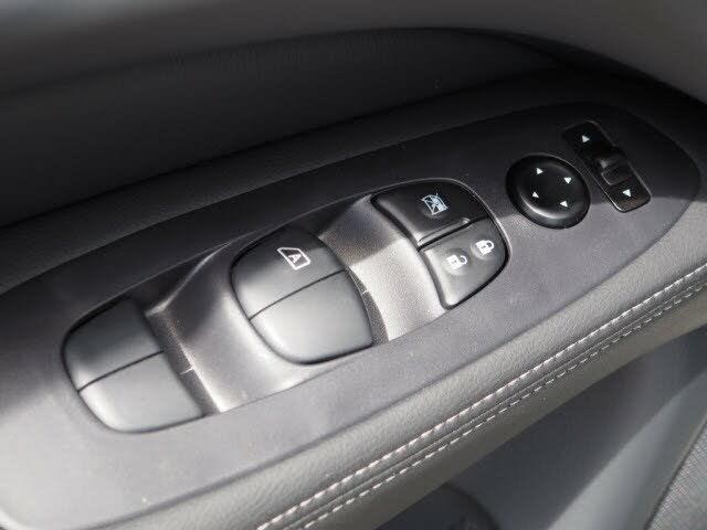 2020 Nissan Pathfinder S FWD