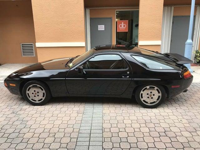 1990 Porsche 928 Hatchback
