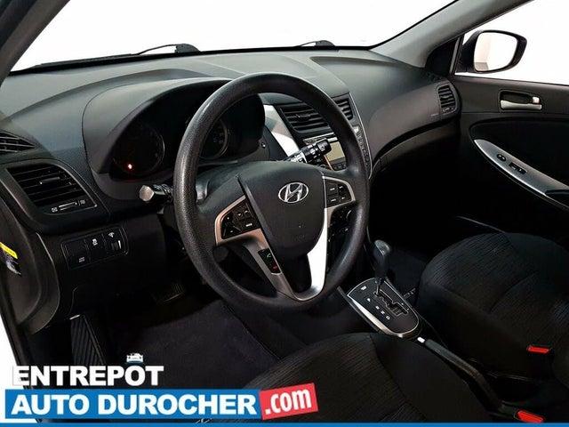 2017 Hyundai Accent SE 4-Door Hatchback FWD