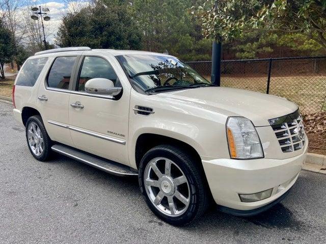 2010 Cadillac Escalade Luxury RWD