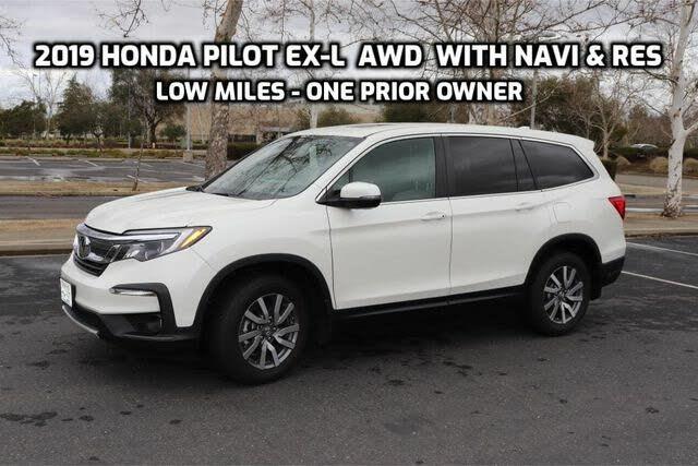 2019 Honda Pilot EX-L AWD with Navigation and RES