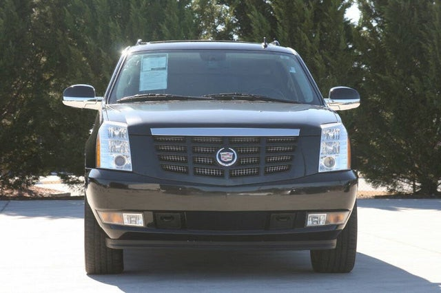 2013 Cadillac Escalade ESV Luxury RWD