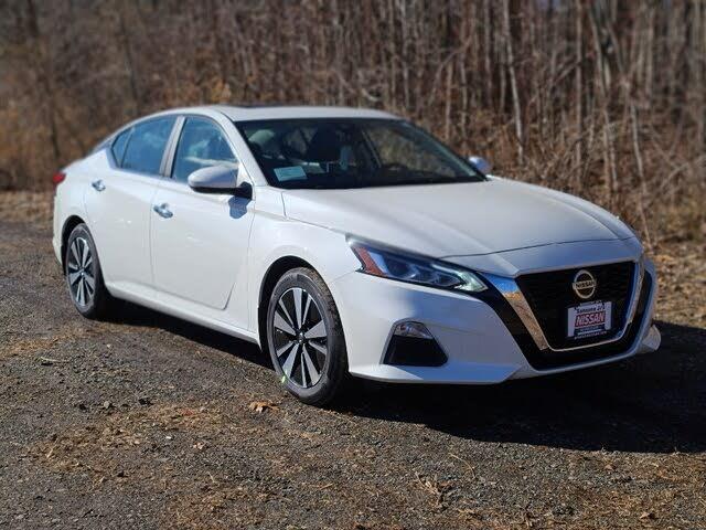 2021 Nissan Altima 2.5 SV FWD