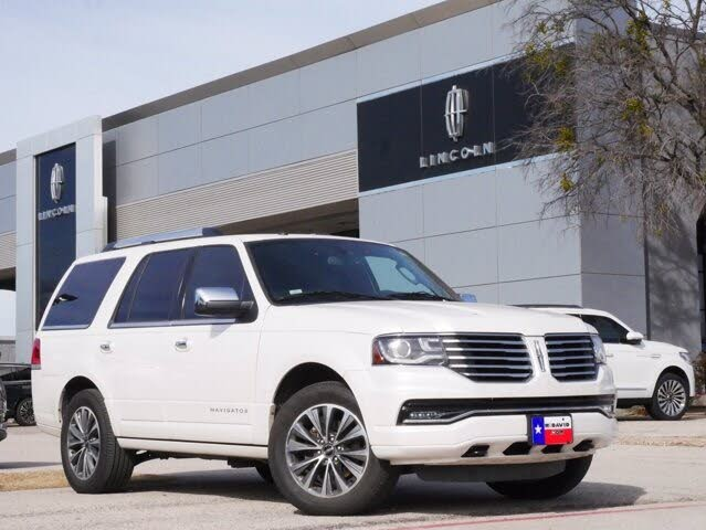 2017 Lincoln Navigator Select RWD