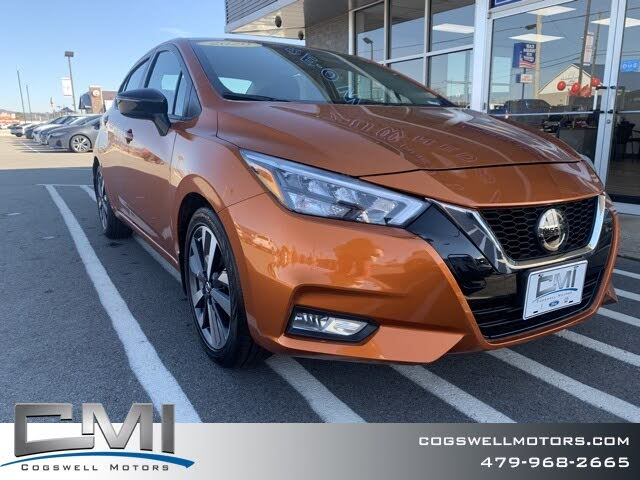2020 Nissan Versa SR FWD