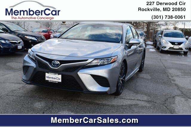 2018 Toyota Camry Hybrid SE FWD