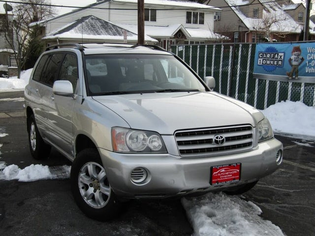2003 Toyota Highlander Base 4WD