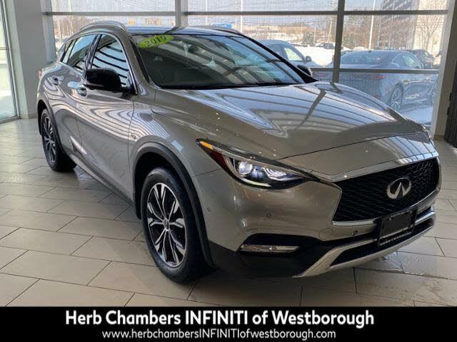 2019 INFINITI QX30 Essential AWD