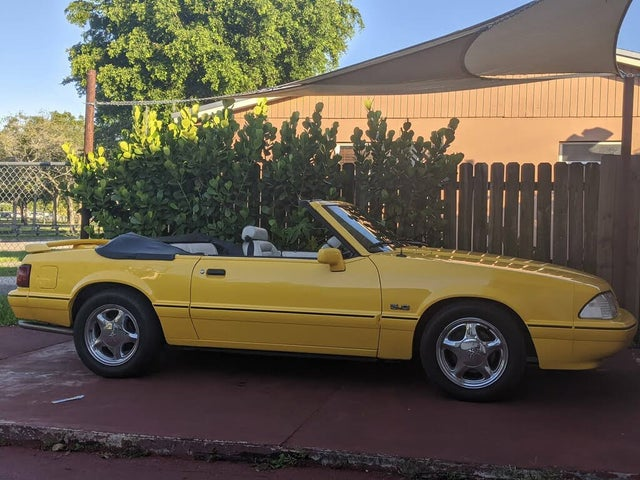 1993 Ford Mustang LX 5.0 Convertible RWD