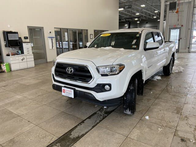 2017 Toyota Tacoma SR5 V6 Double Cab LB 4WD