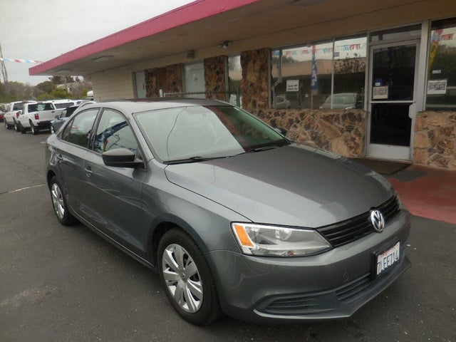 2012 Volkswagen Jetta S with Sunroof