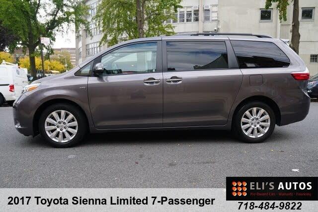 2017 Toyota Sienna Limited 7-Passenger AWD