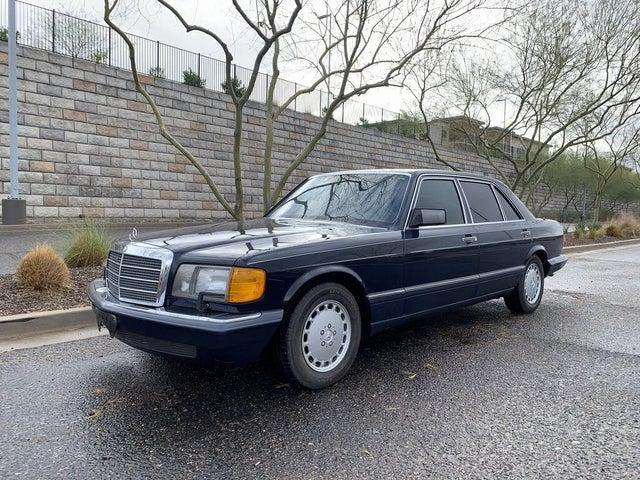 1989 Mercedes-Benz 560-Class 560SEL Sedan