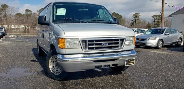 2006 Ford E-Series E-150 Cargo Van