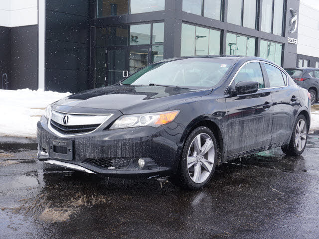 2013 Acura ILX 2.0L FWD with Premium Package