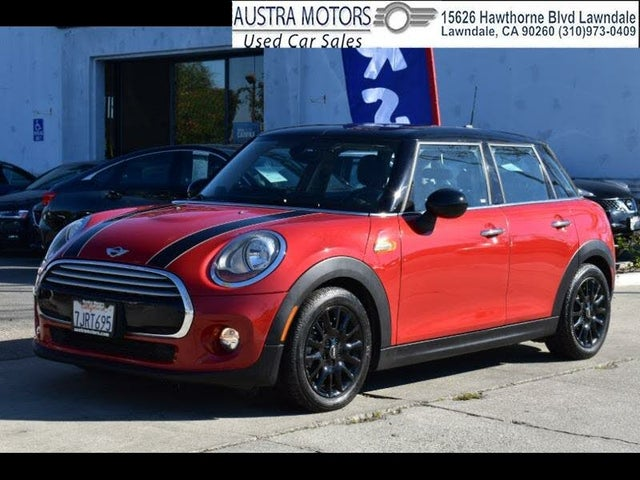 2015 MINI Cooper 4-Door Hatchback FWD