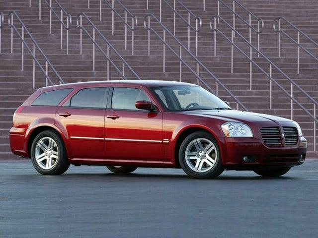 2006 Dodge Magnum SE RWD