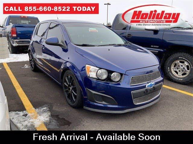 2012 Chevrolet Sonic 1LS Hatchback FWD