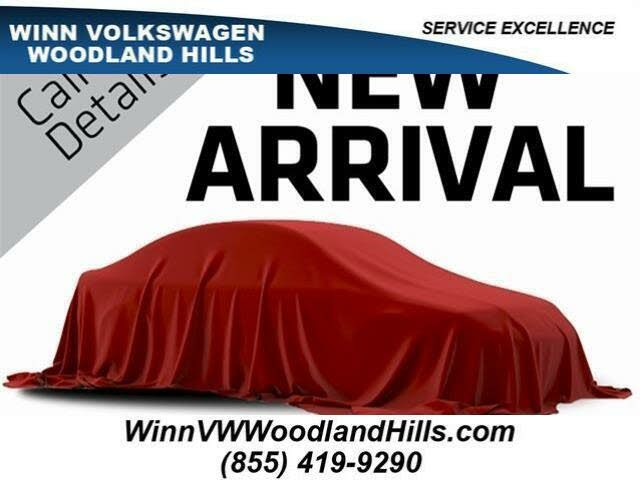 2018 Volkswagen Golf R 4-Door AWD