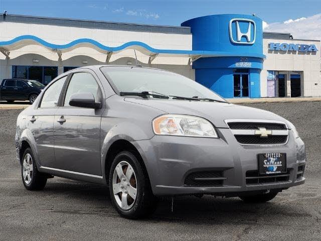 2010 Chevrolet Aveo LS Sedan FWD