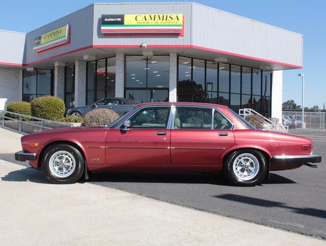1986 Jaguar XJ-Series XJ6 Vanden Plas Sedan RWD