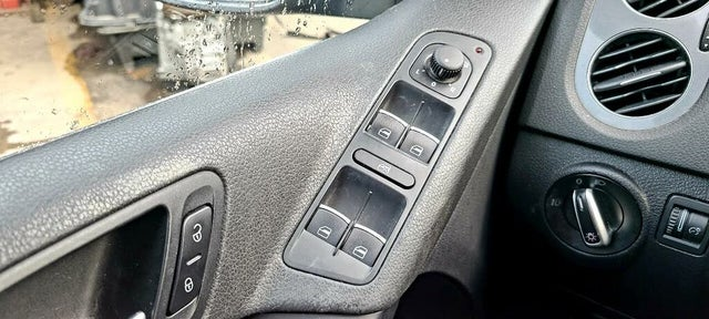 2012 Volkswagen Tiguan S 4Motion AWD