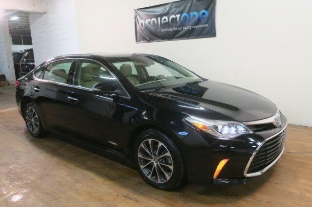 2018 Toyota Avalon Hybrid XLE Premium FWD