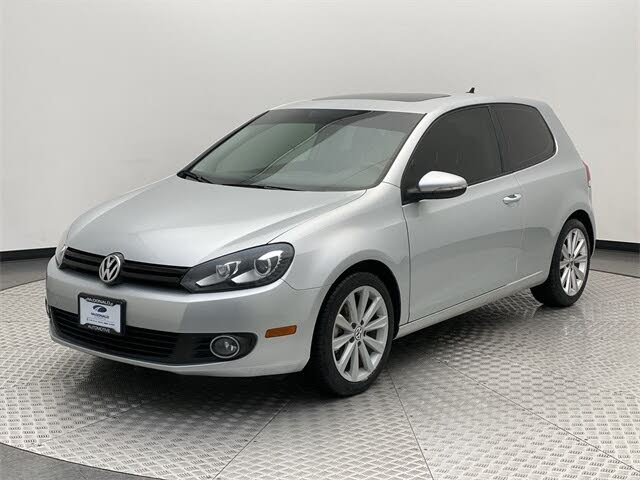 2013 Volkswagen Golf TDI with Tech Package 2dr