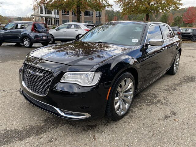 2018 Chrysler 300 Limited RWD