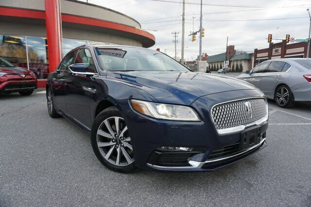 2017 Lincoln Continental Livery AWD