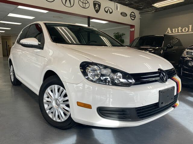 2013 Volkswagen Golf FWD 2dr