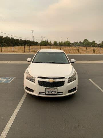 2013 Chevrolet Cruze 1LT Sedan FWD