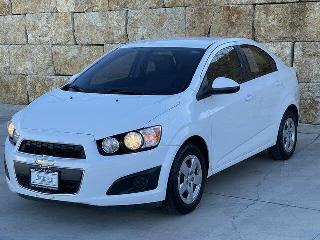 2014 Chevrolet Sonic LS Sedan FWD
