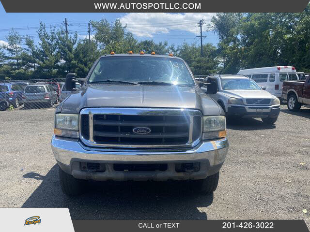 2004 Ford F-350 Super Duty XL Extended Cab LB 4WD