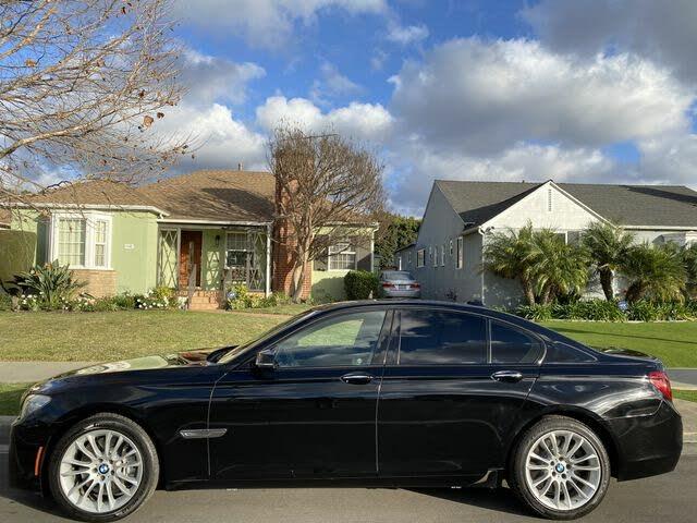 2013 BMW 7 Series 750i RWD