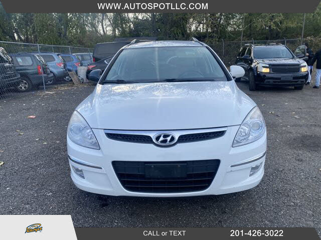 2010 Hyundai Elantra Touring SE FWD