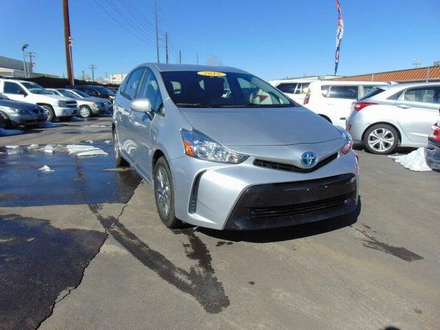 2016 Toyota Prius v Five FWD