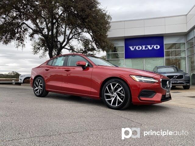 2020 Volvo S60 T5 Momentum FWD