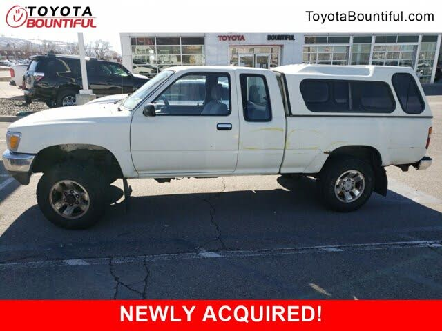 1990 Toyota Pickup 2 Dr Deluxe 4WD Extended Cab SB